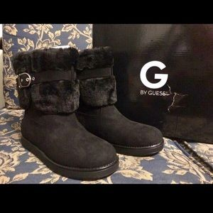 NWT Ladies black Guess Boots